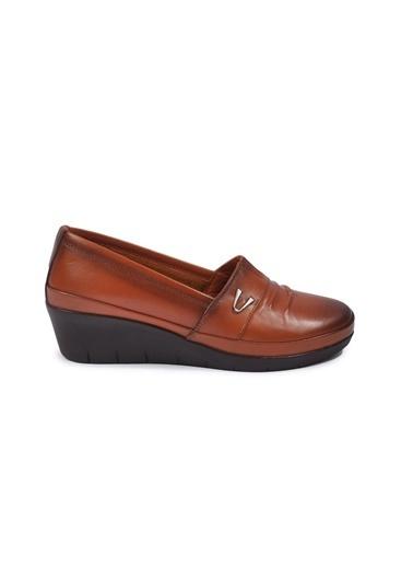Ayakmod 244 Taba Kadın Hakiki Deri Günlük Ayakkabı Taba
